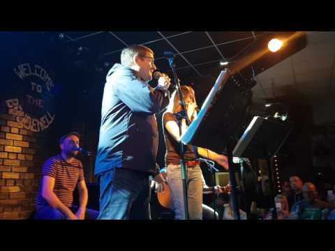 Five Get Over Excited - Paul Heaton and Jacqui Abbott live acoustic Leeds Brudenell