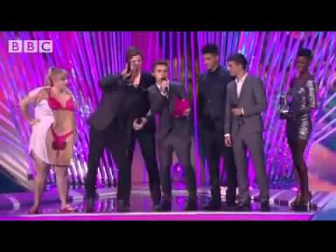 One Direction win three MTV Video Music Awards in LA.