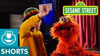 Sesame Street: Murray Goes To Magic School