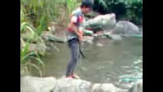 Download Video ASTAGA MESUM DI SUNGAI MP3 3GP MP4