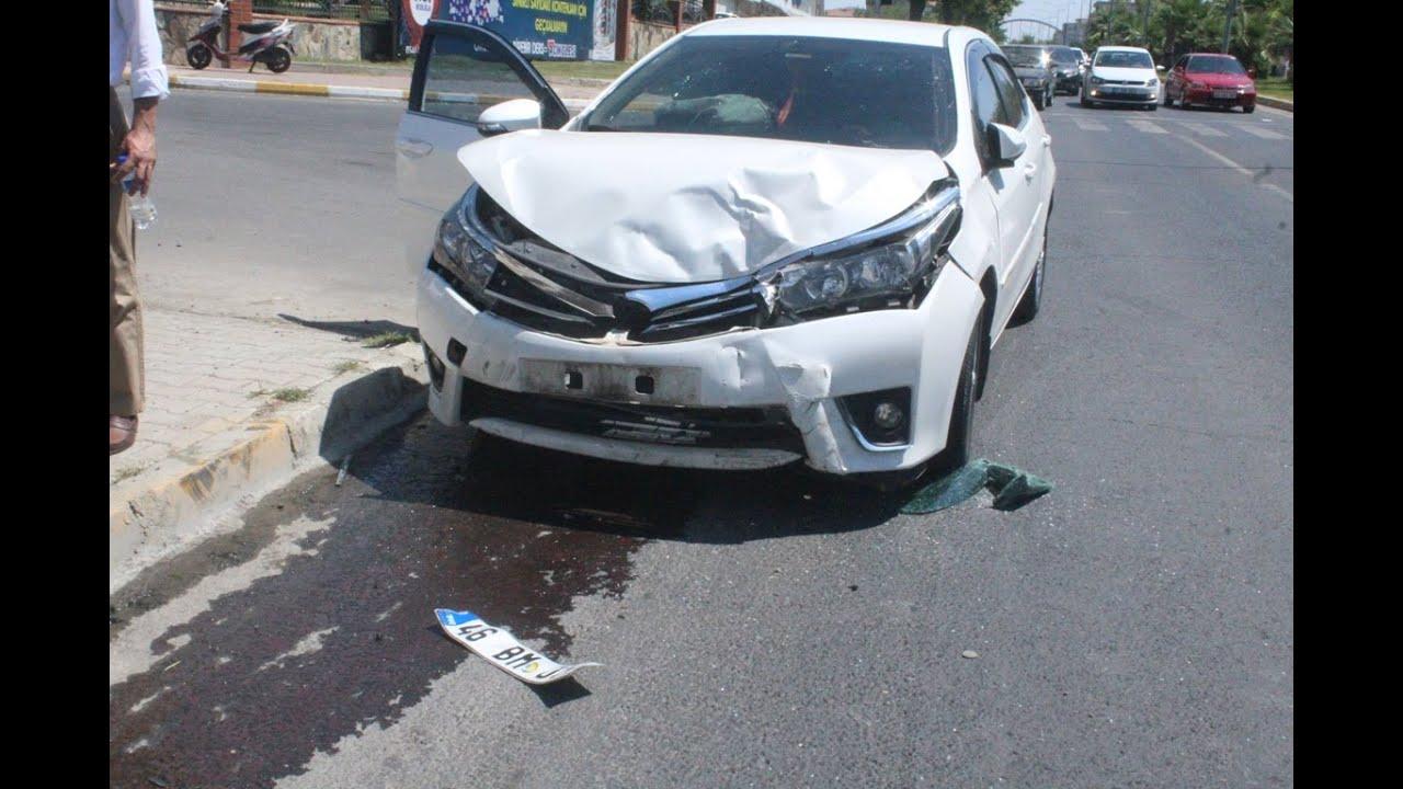 Otomobil İle Hafif Ticari Araç Çarpıştı 1 Yaralı