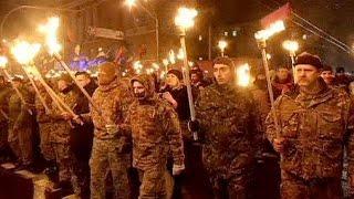 Kiev: sfilano i nazionalisti nel nome di Stepan Bandera