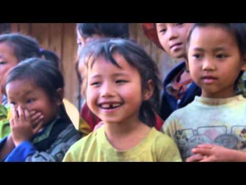 Hướng về trẻ em nghèo vùng cao 2015