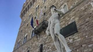 フィレンツェのシニョーリア広場にあるダビデ像をご案内します!