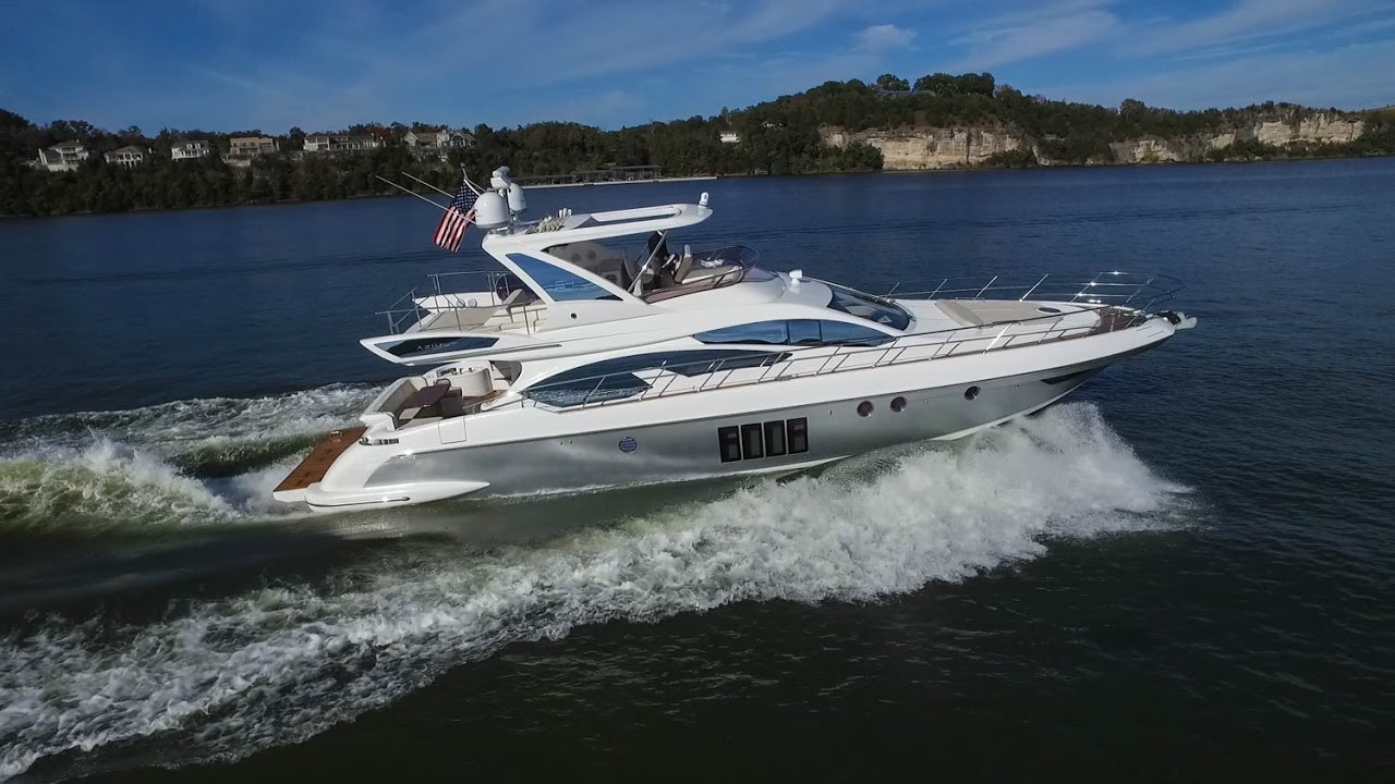 The Luxurious and Sporty Freshwater 2013 Azimut 64 Flybridge Yacht ...