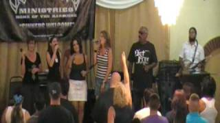 Pastor Phil Aguilar & The Set Free OC Worship Team - Closing Words & Song 8/16/09