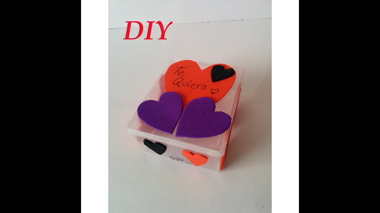 Diy como decorar una caja para san valent n decorate box - Decorar cajas de regalo ...
