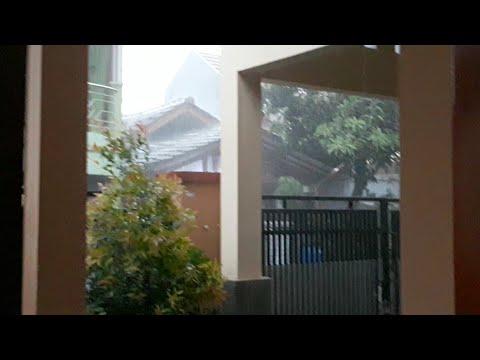 Live cuaca extreme Hujan Petir Jakarta 18 okt 2017 - 동영상