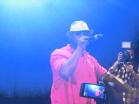 Black Thought Freestyle over Nas' Represent beat LIVE at Lyricist Lounge 20th Anniversary