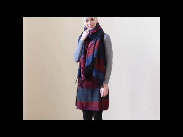 How to wear a blanket scarf?