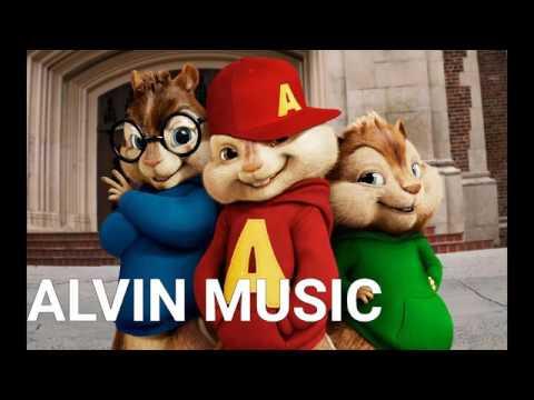 Alvin si veveritele canta miscati buca