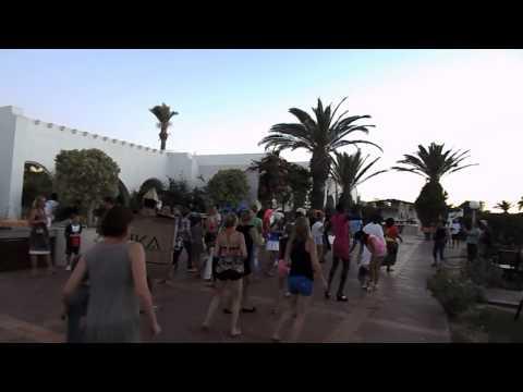 Tanec v hotelu Eldorador Salambo, Tunisko