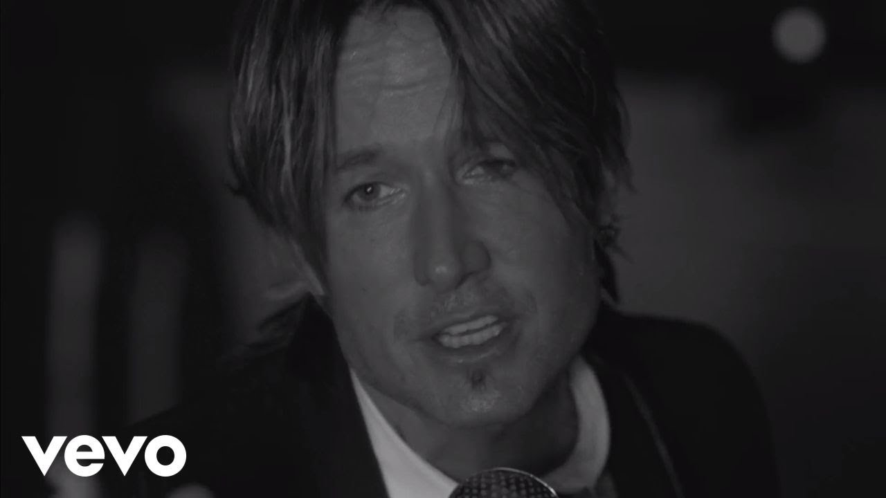 keith-urban-blue-aint-your-color-keithurbanvevo