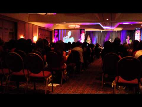 Torrey DeVitti talks about Meredith and starring on Drake and Josh at the NJ Con 2013