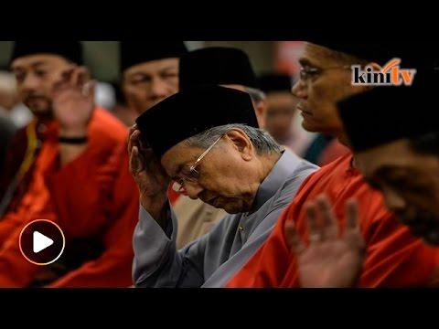 """""""Najib sengaja mahu rusuhan antara Baju Merah dan BERSIH"""" dakwa Tun M"""