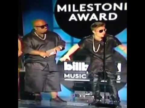 Justin Beiber Billboards Awards 2013 Says Bullshit