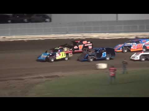 Night 2 Fall Extravaganza 2017 Modified feature Lee County Speedway 10/8/17