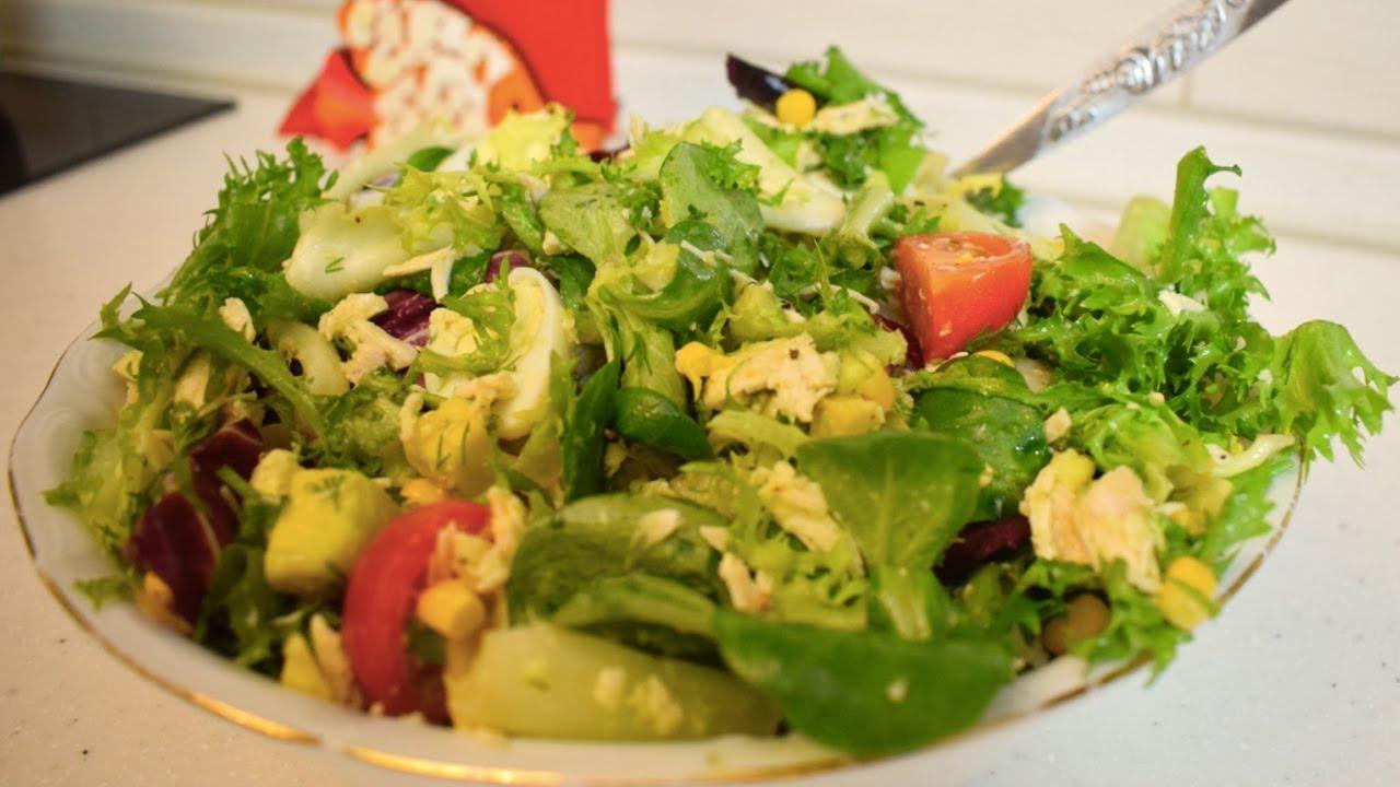 Салат из авокадо с яйцом и помидорами / Невероятно вкусный ...