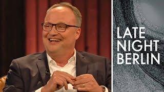 Oliver Welke hat Angst vor Oliver Kahn! | Late Night Berlin | ProSieben