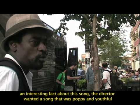 Seu Jorge & Almaz in Chicago - Live + Interview (English subtitles)