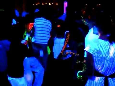 The Music Man DJ Service - Black light party