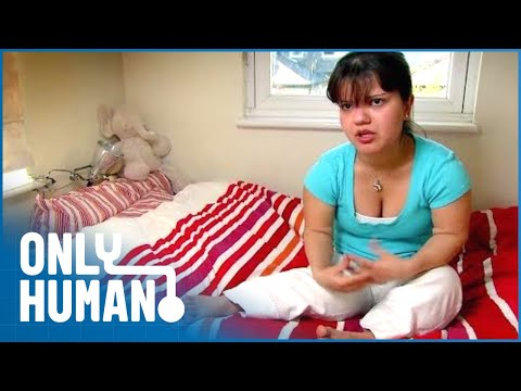 Superhuman: World's Smallest People (Extraordinary People Documentary) | Only Human