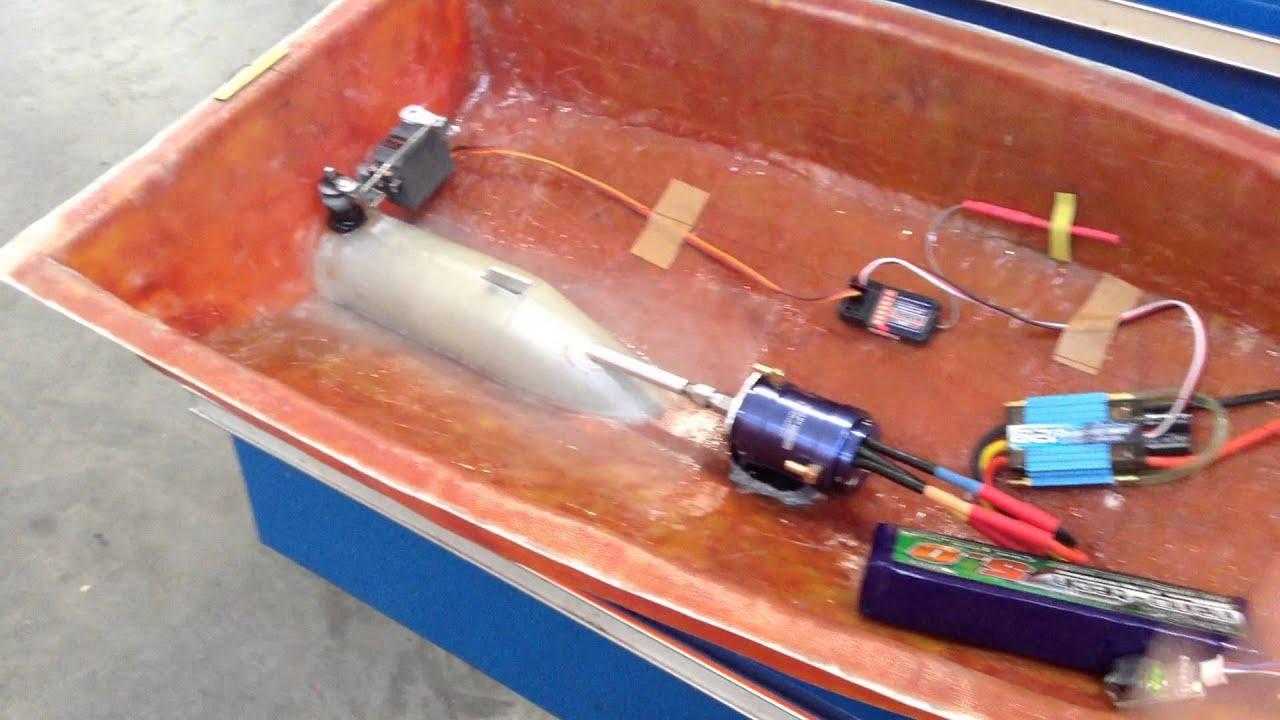 Радиоуправляемый катер для рыбалки своими руками6