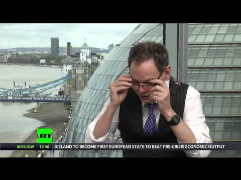 Keiser Report: Beware Bankers Bearing Debt Crack! (E770)