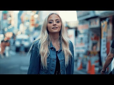 Cover Lagu The Middle (in Tokyo) - Zedd, Maren Morris, Grey (Cover) | Madilyn Paige STAFABAND