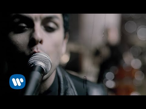 Green Day - Boulevard Of Broken Dreams [Official Music Video]