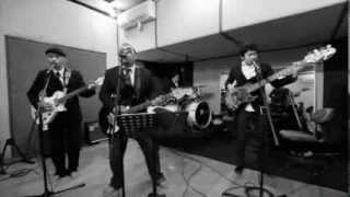 Repeat youtube video Oase band cover the beatles song