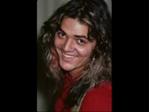 Tommy Bolin jamming alone