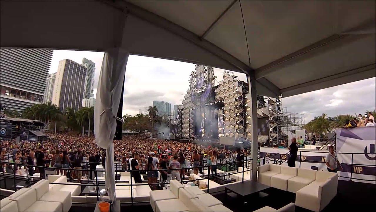 Steve Aoki - Ultra Music Festival 2013 Weekend 1 VIP
