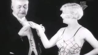 The pleasure garden Hitchcock 1925: Una parrucca bionda