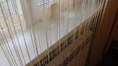 Нитяные шторы отлично подойдут для украшения любой комнаты, где интерьер тяготеет к современному или минималистскому стилю. Кроме как.