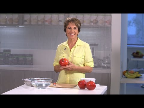 Pomegranate tips: How to seed and eat a pomegranate | Herbalife Advice