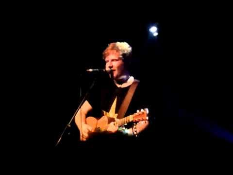 Ed Sheeran - Hallelujah - Live at Reeperbahn Festival 2011