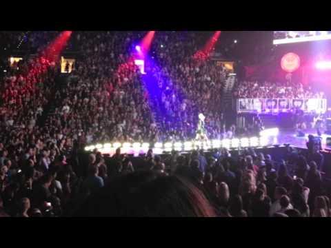 Pink singing iheart radio opening fliying Las Vegas MGM