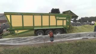 De nieuwe KRONE TX 560 silagewagen Trekkerweb mais maisoogst 2013 agritechnica primeur