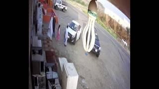 بالفيديو.. دهس مسن على طريق الداير بعد أن نجا من الموت مرتين