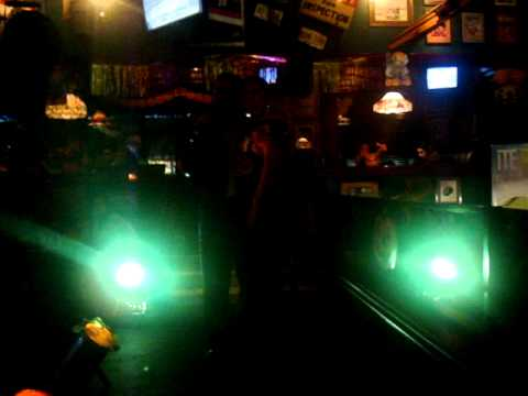 No me ames...Karaoke en Tegucigalpa-Honduras