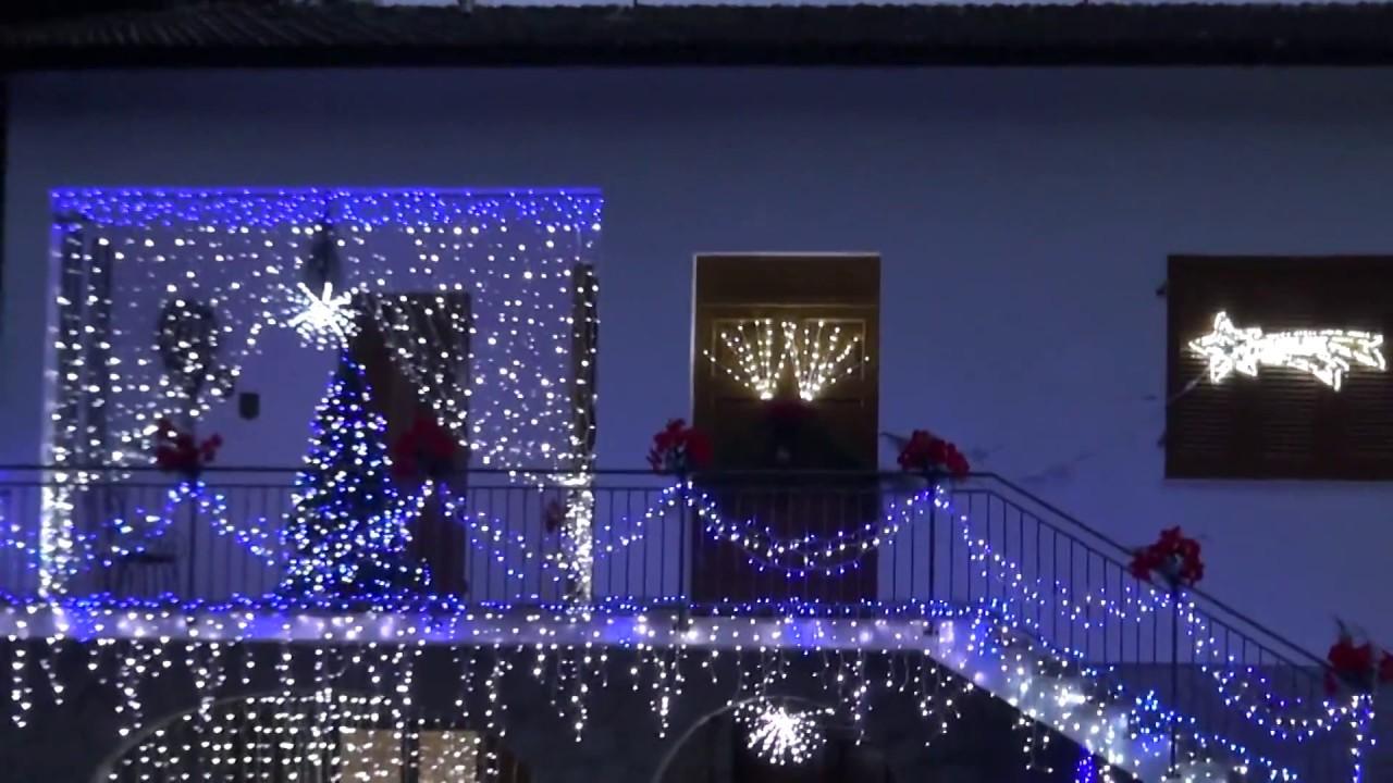 Una fantastica illuminazione natalizia youtube