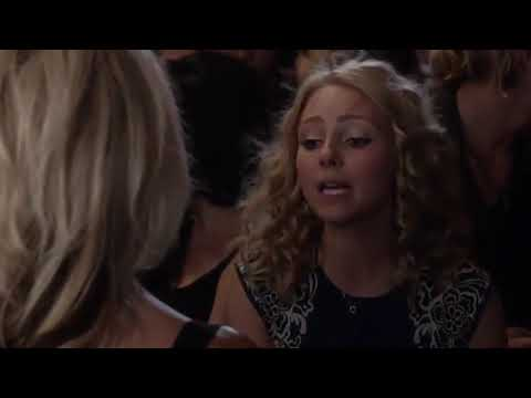 Download The Carrie Diaries | Carrie Meets Samantha