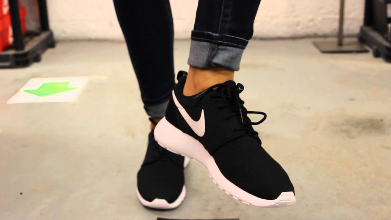 "4be4680e9f557 WMNS Nike Rosherun ""Black  White  Volt"" On-feet Video at Exclucity ..."