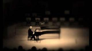 Fryderyk Chopin, Preludium Des-dur Op.28 nr 15 -- Janusz Olejniczak