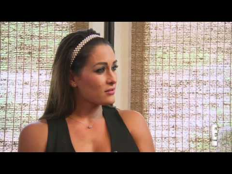 WWE Total Divas Sneek Peek January 4,2015 Nikki Bella