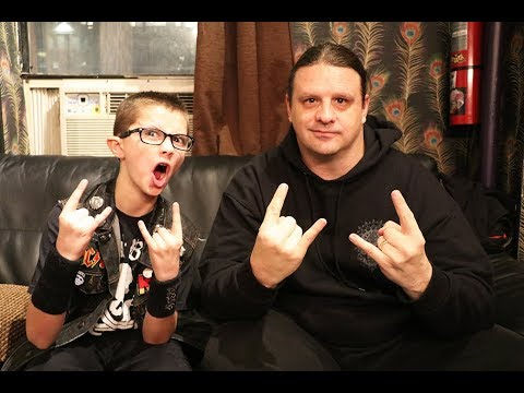 Corpsegrinder of CANNIBAL CORPSE on Christmas, peace, humanity, & our current leaders