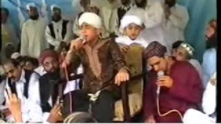 FARHAN ALI QADRI----HUM KO BULANA YA RASOOL ALLAH---------(MURREE MEFIL)