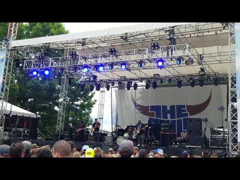 Mitchell Tenpenny @ Portland Country Fest Drunk Me  06/03/2018