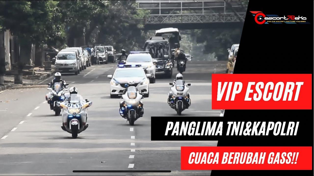 Download Panglima TNI dan Kapolri (kunker Bandung) The first day.. Kawal VIP diguyur Hujan (part - 1)